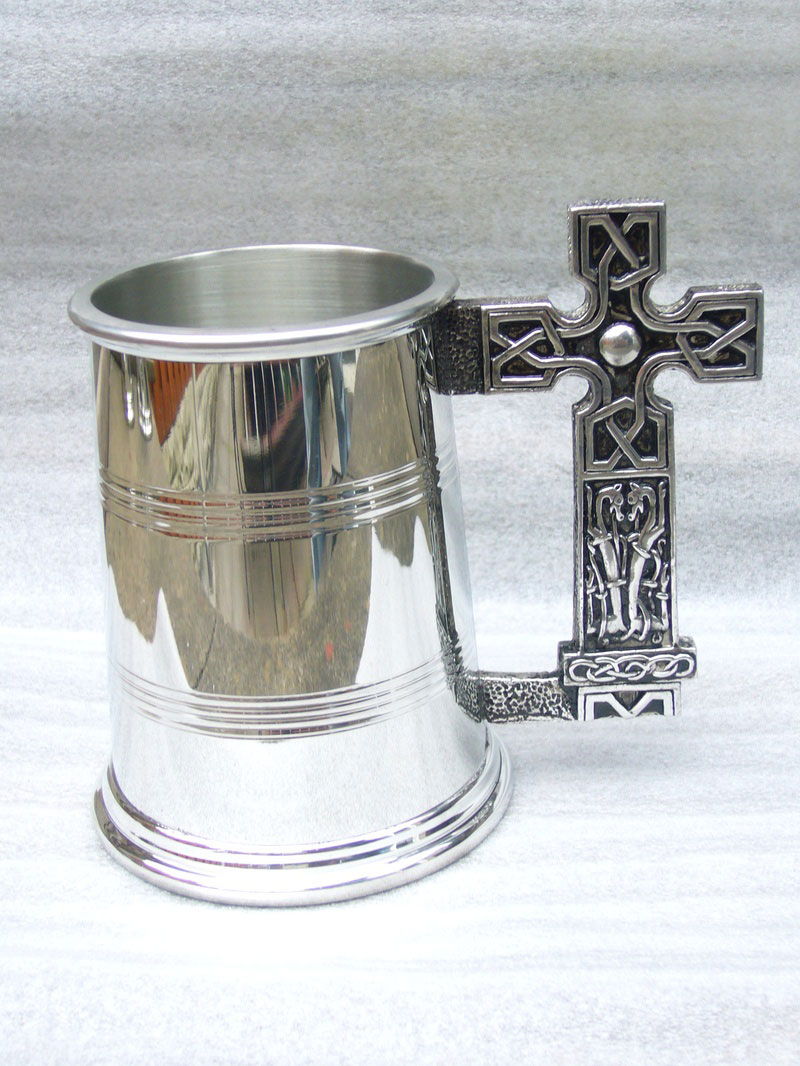 1 Pint Pewter Tankard with North Cross Celtic Handnle (T003)