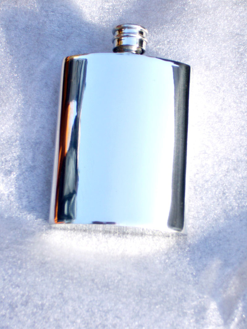 4oz Plain Kidney Shaped Pewter Hip Flask (F019)