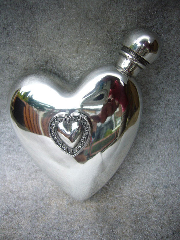 3oz Stamped Pewter Heart Flask with Encapsulated Heart (F044)