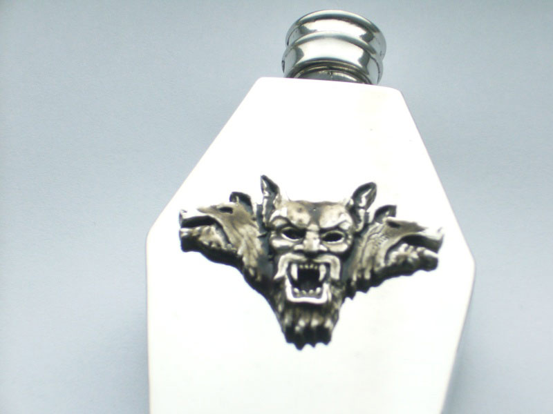 4oz Coffin Shaped Pewter Flask with Dracula and Beasts Badge (F068)