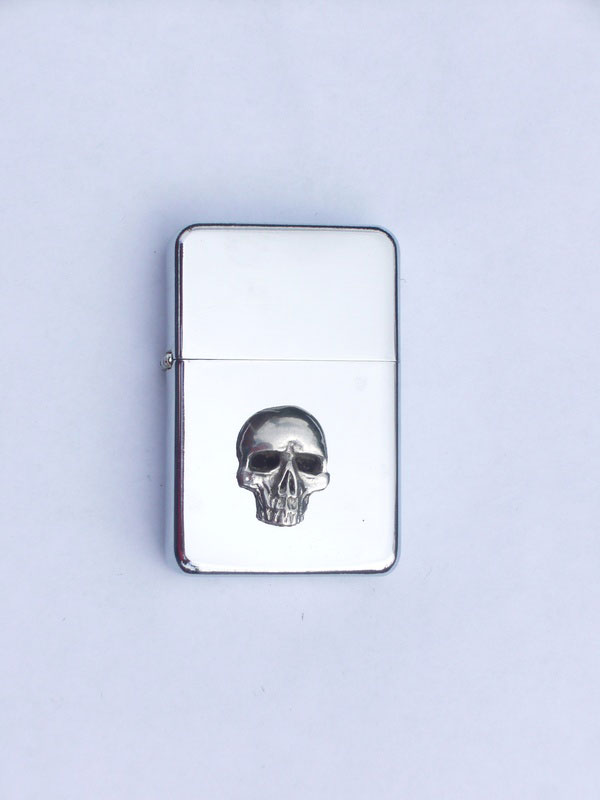 Petrol Lighter with Pewter Skull Badge (LP2)