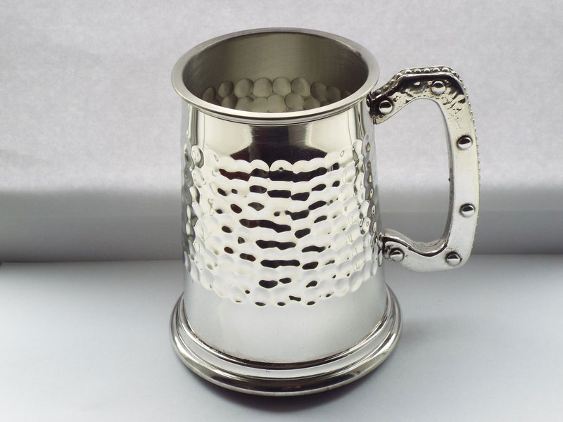 """The Hammered Strip"" 1 Pint Pewter Tankard (T014)"